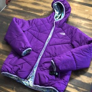 The north face puffer sz L (14-16 Y) reversible